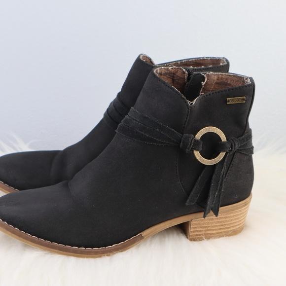 13e76fa4872 Roxy Black Cowboy Ankle Booties Size 6